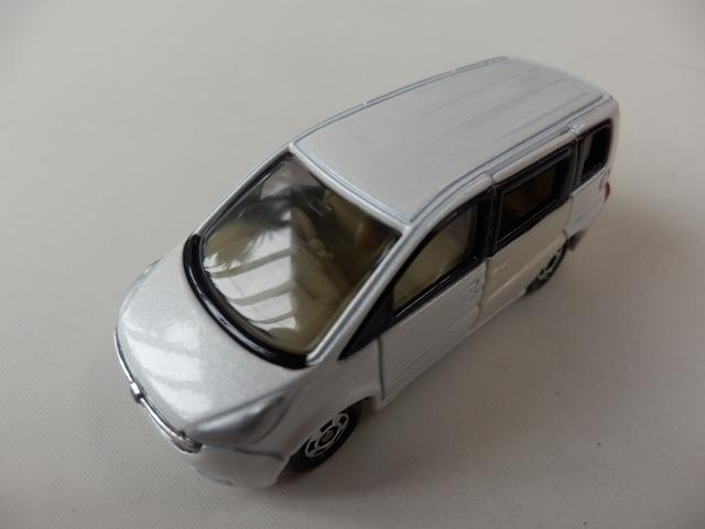 ステップワゴン ホワイト STD21