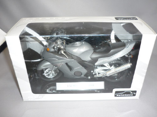Honda CBR1100XXスーパーブラックバード(グレー)