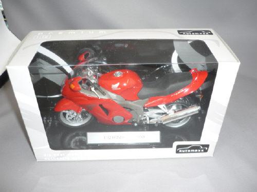 Honda CBR1100XXスーパーブラックバード(レッド)
