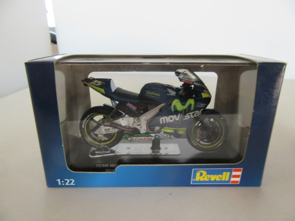 'TEAM MOVISTAR MOTO GP HONDA RC211V World Championship 2005 Gibernau 1/22